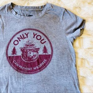 Smokey the Bear Graphic Tee Gray Small